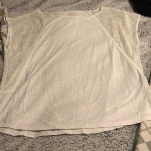 American Eagle Active sleeveless shirt